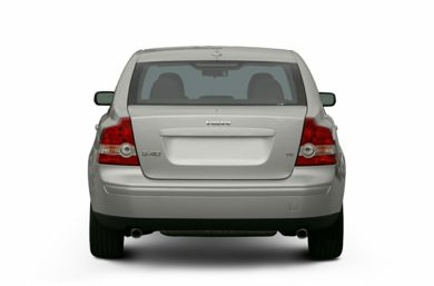 Rear Profile  2005 Volvo S40