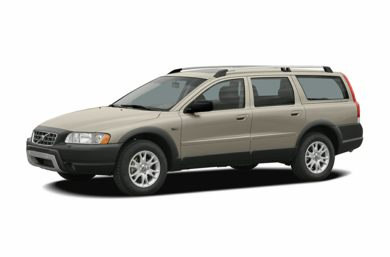 3/4 Front Glamour 2005 Volvo XC70