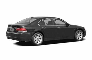 3/4 Rear Glamour  2006 BMW 750