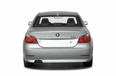 Rear Profile  2006 BMW 525