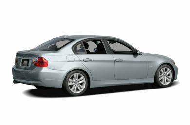 3/4 Rear Glamour  2006 BMW 330