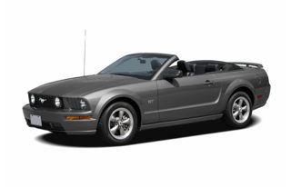 3/4 Front Glamour 2006 Ford Mustang