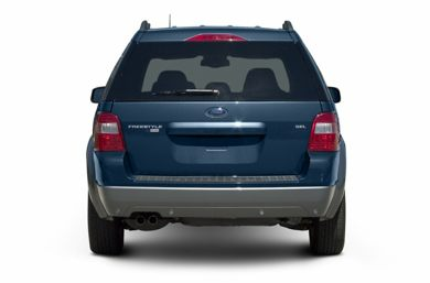 Rear Profile  2006 Ford Freestyle