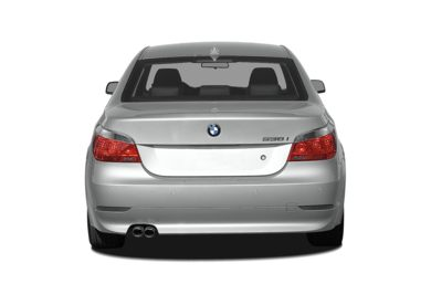 Rear Profile  2007 BMW 550