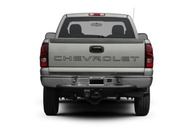 Rear Profile  2007 Chevrolet Silverado 2500HD Classic