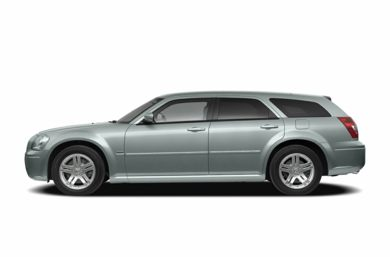 90 Degree Profile 2007 Dodge Magnum