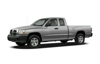 3/4 Front Glamour 2007 Dodge Dakota