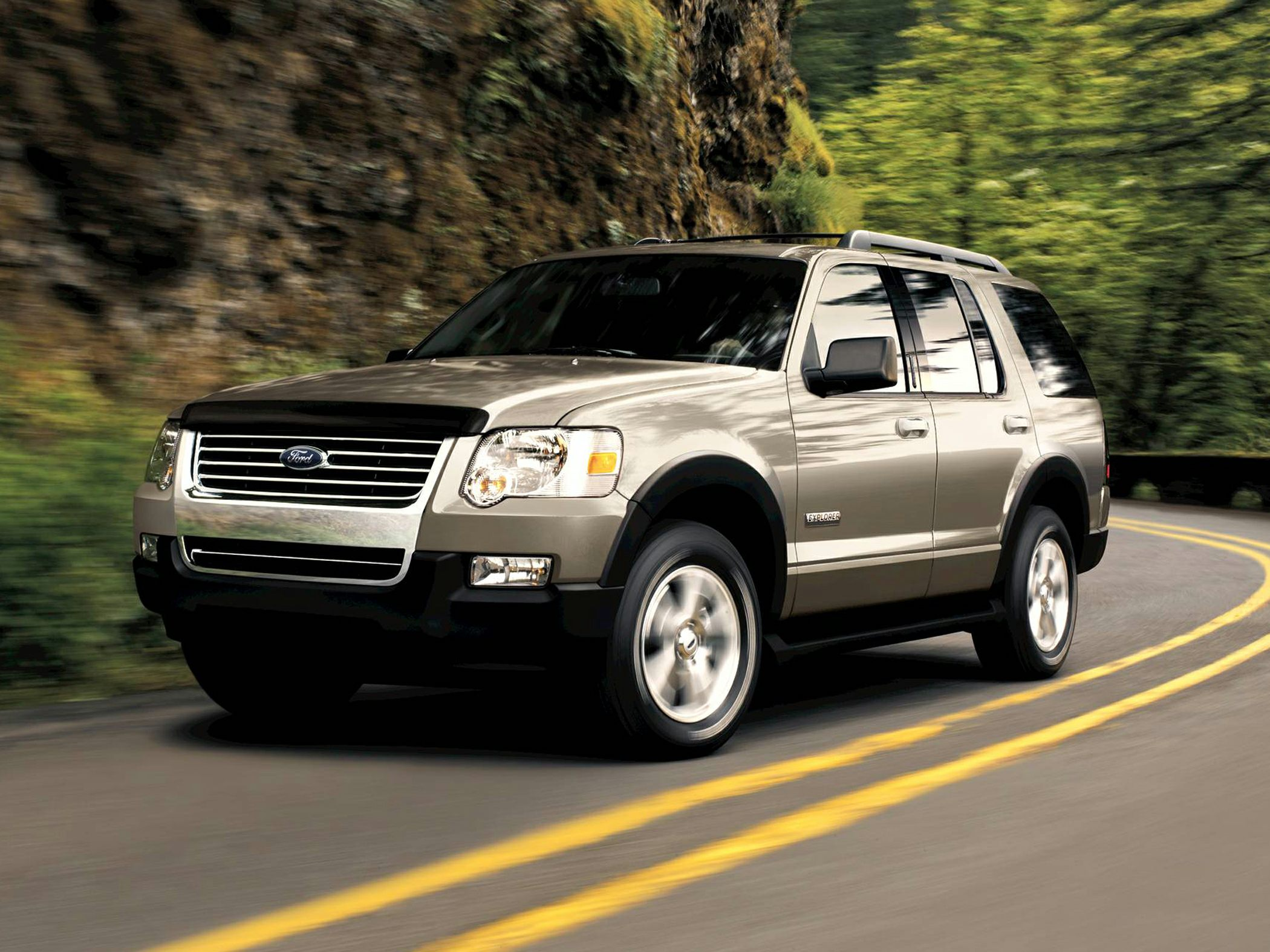 See 2007 Ford Explorer Color Options CarsDirect