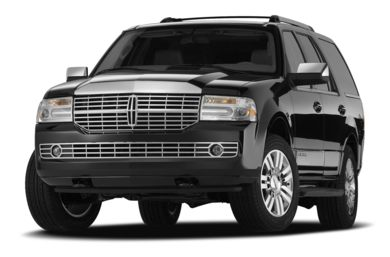 3/4 Front Glamour 2007 Lincoln Navigator