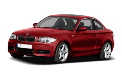 3/4 Front Glamour 2008 BMW 128