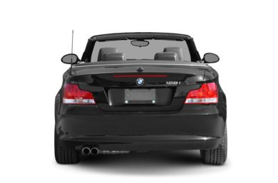 Rear Profile  2008 BMW 128