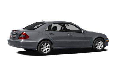 3/4 Rear Glamour  2008 Mercedes-Benz E320 BLUETEC