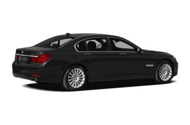 3/4 Rear Glamour  2009 BMW 750