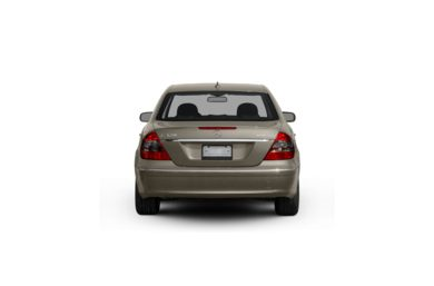 Surround Rear Profile 2009 Mercedes-Benz E320 BLUETEC