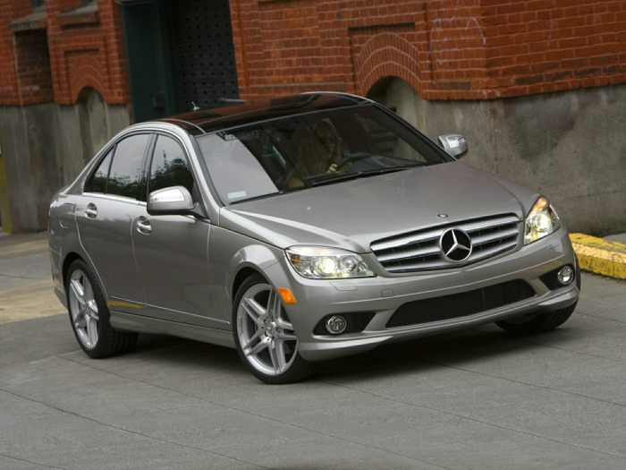 2010 mercedes benz c300 specs safety rating mpg. Black Bedroom Furniture Sets. Home Design Ideas