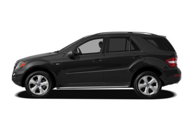 90 Degree Profile 2009 Mercedes-Benz ML320 BlueTEC