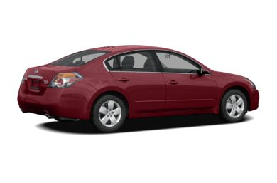 3/4 Rear Glamour  2009 Nissan Altima