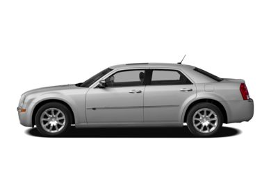 90 Degree Profile 2010 Chrysler 300C