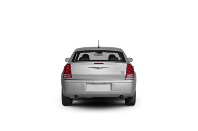 Surround Rear Profile 2010 Chrysler 300C