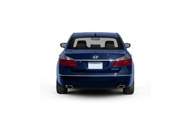 Surround Rear Profile 2010 Hyundai Genesis Sedan