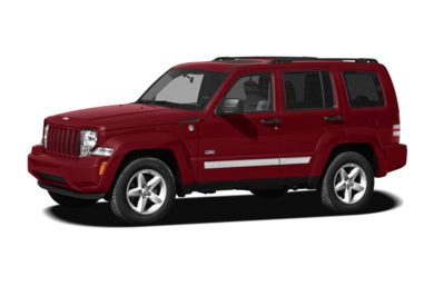 3/4 Front Glamour 2010 Jeep Liberty