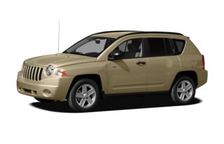 3/4 Front Glamour 2010 Jeep Compass