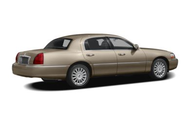 3/4 Rear Glamour  2010 Lincoln Town Car