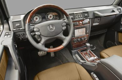 Front seat (full) 2010 Mercedes-Benz G55 AMG