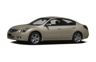 3/4 Front Glamour 2010 Nissan Altima