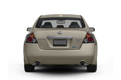 Rear Profile  2010 Nissan Altima