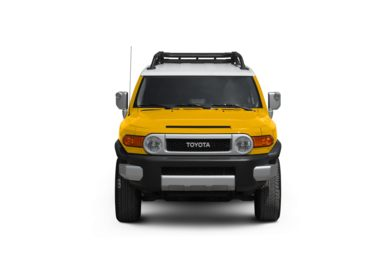 Surround Front Profile  2010 Toyota FJ Cruiser