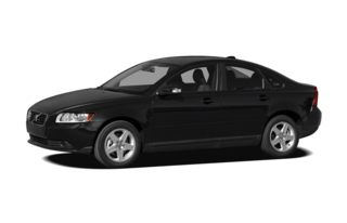 3/4 Front Glamour 2010 Volvo S40