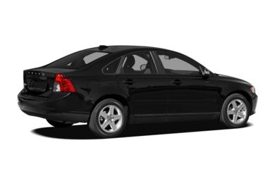 3/4 Rear Glamour  2010 Volvo S40