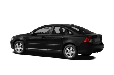 Surround 3/4 Rear - Drivers Side  2010 Volvo S40