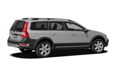 3/4 Rear Glamour  2010 Volvo XC70