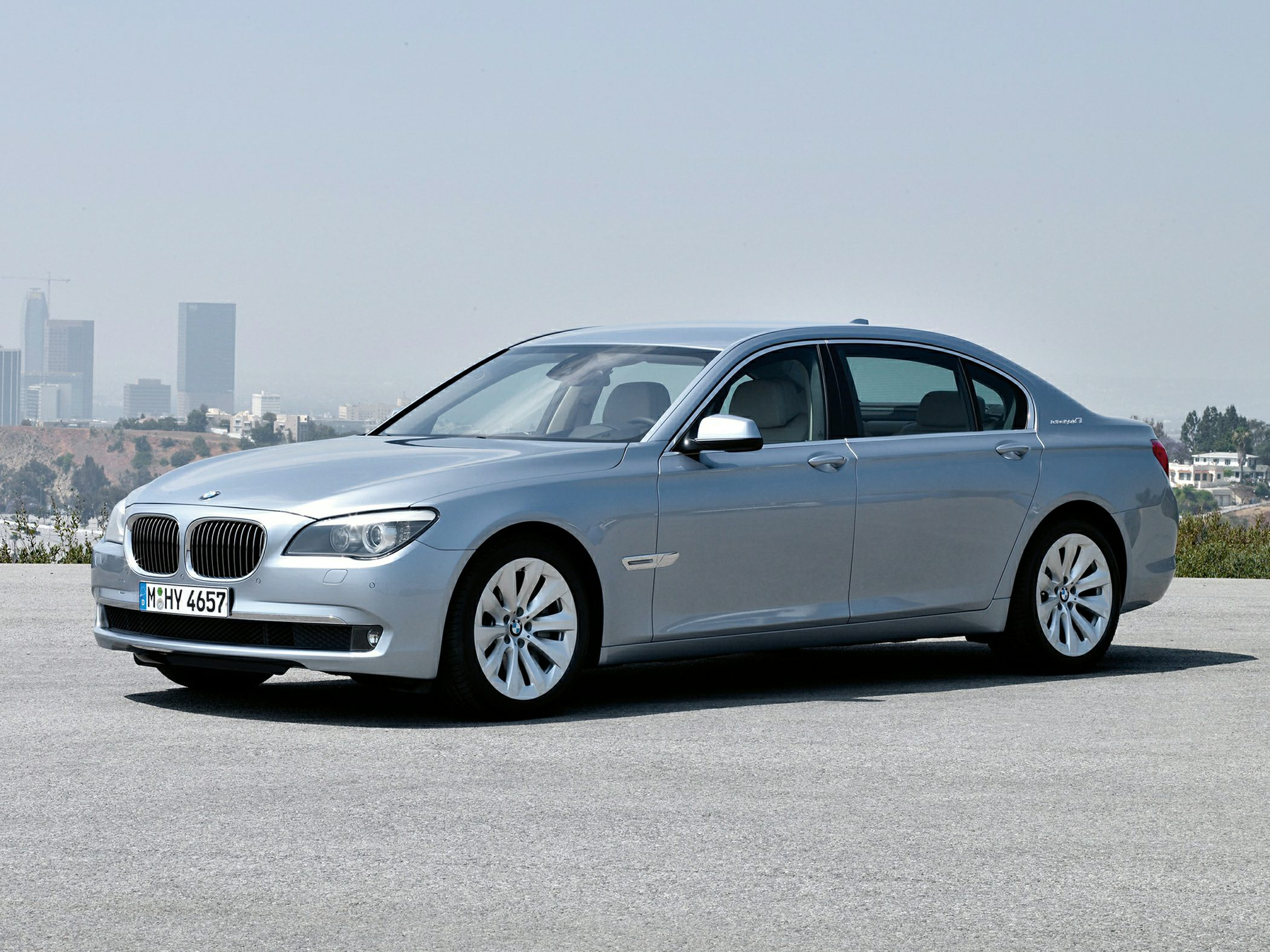 BMW ActiveHybrid 7 Sedan