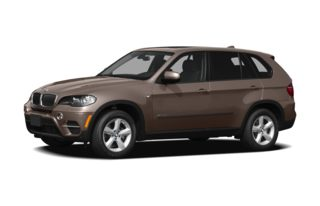 3/4 Front Glamour 2011 BMW X5