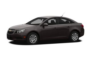 3/4 Front Glamour 2011 Chevrolet Cruze