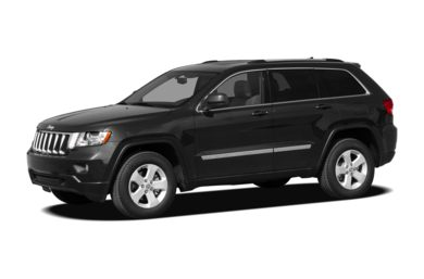 3/4 Front Glamour 2011 Jeep Grand Cherokee