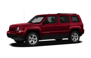 3/4 Front Glamour 2011 Jeep Patriot