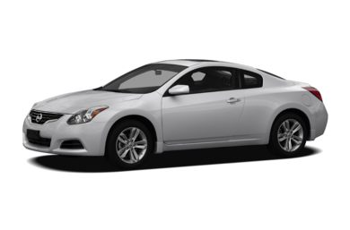 3/4 Front Glamour 2011 Nissan Altima