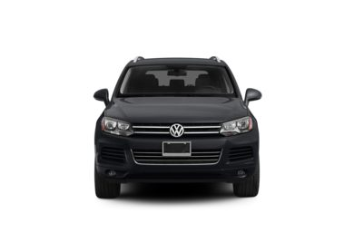 Surround Front Profile  2011 Volkswagen Touareg