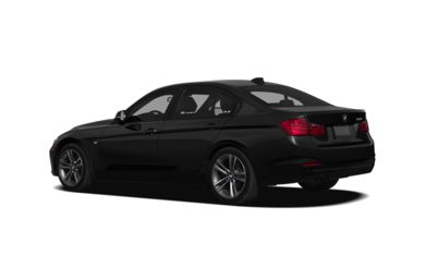 Surround 3/4 Rear - Drivers Side  2013 BMW 320