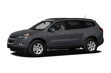 3/4 Front Glamour 2012 Chevrolet Traverse