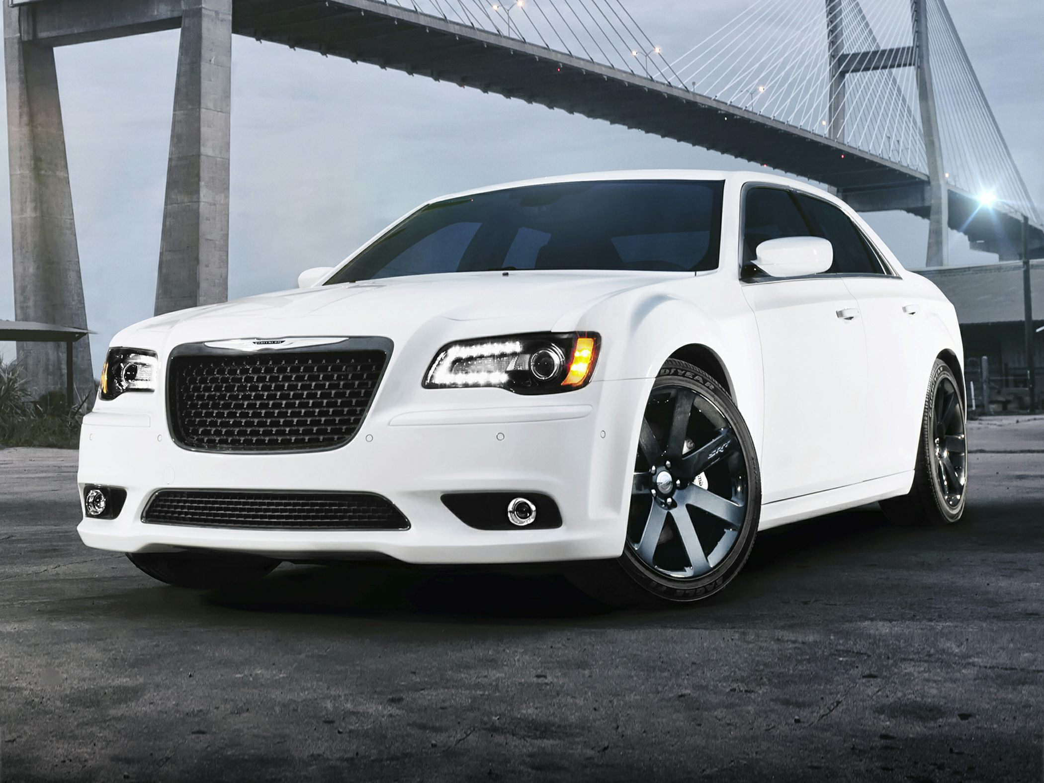2014 Chrysler 300 Glam