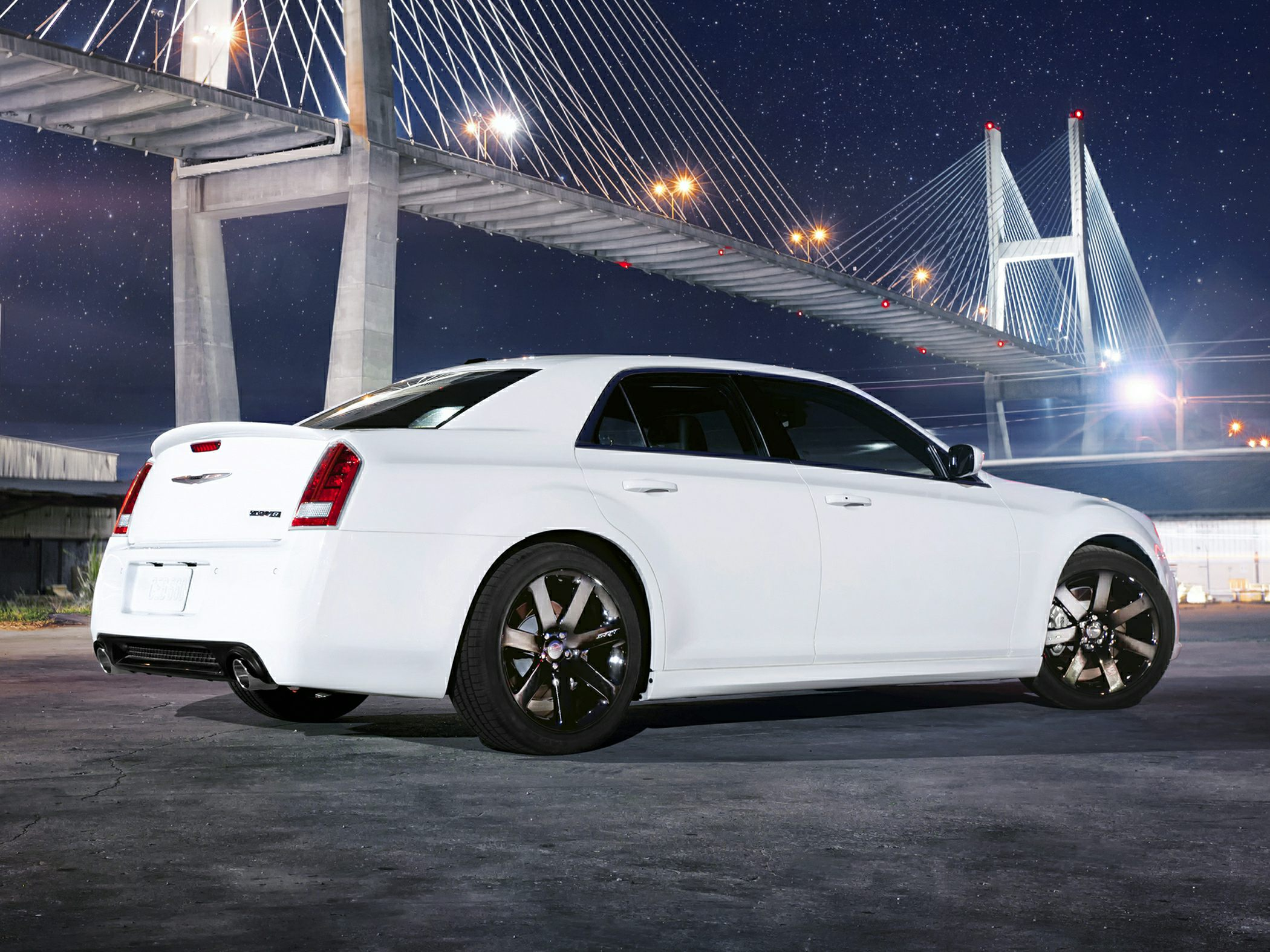 2014 Chrysler 300 Glam2
