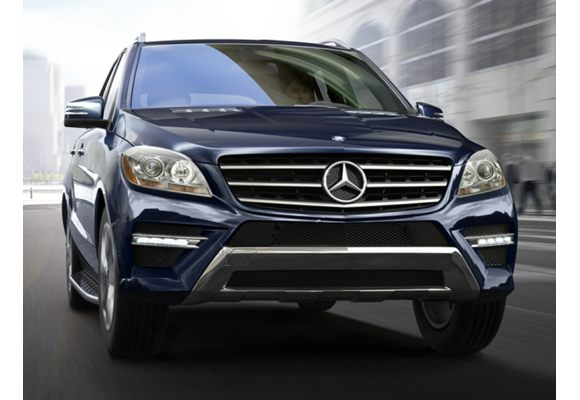 2015 mercedes benz ml400 pictures photos carsdirect. Black Bedroom Furniture Sets. Home Design Ideas
