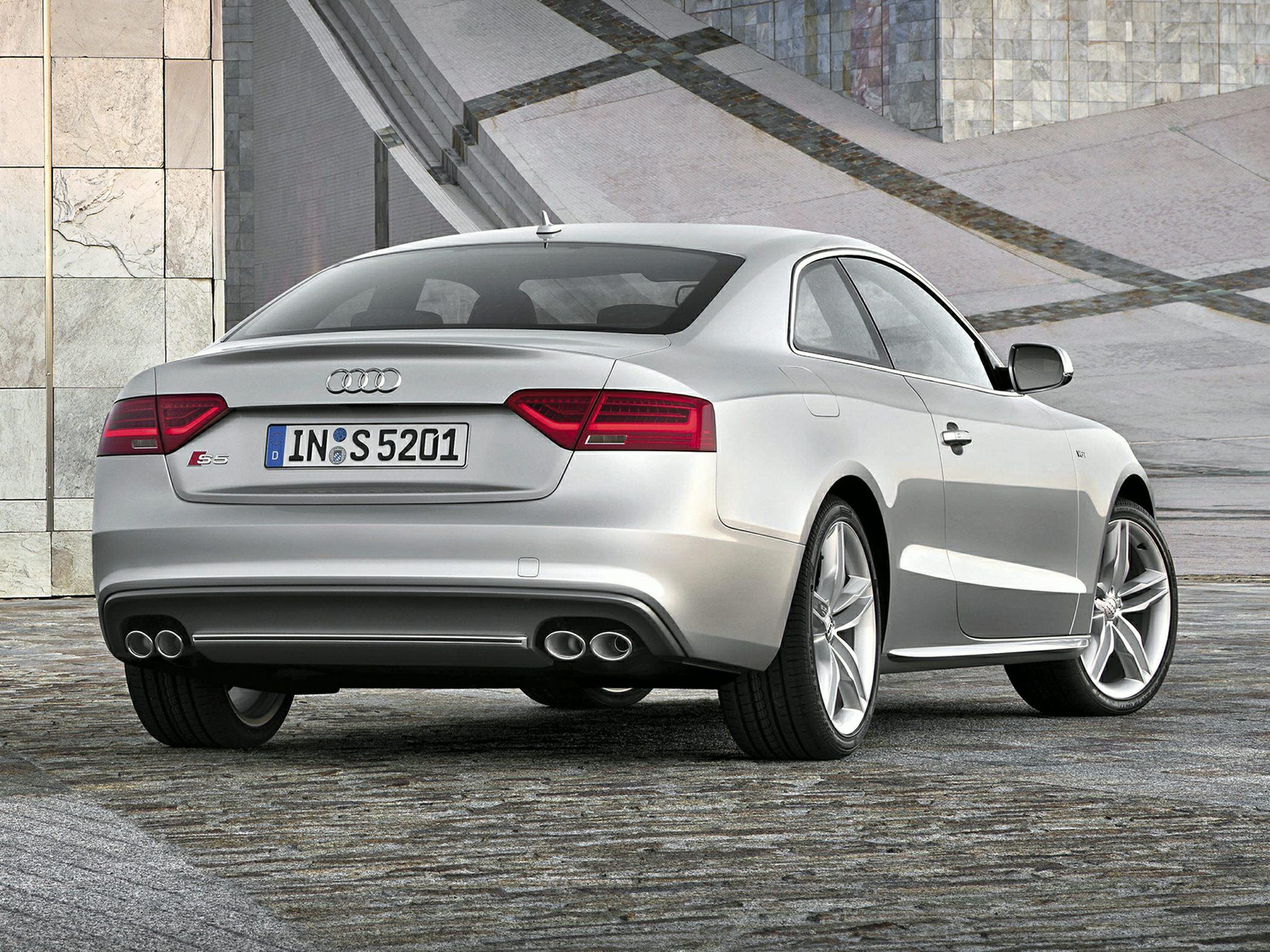 2015 Audi S5 Rear