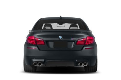 Rear Profile  2013 BMW M5