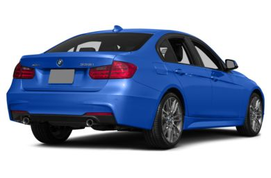 3/4 Rear Glamour  2015 BMW 335